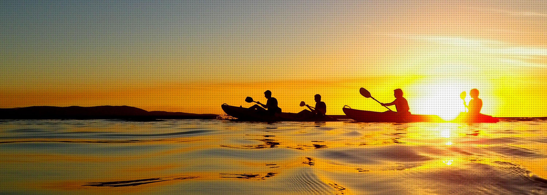 kayak_night